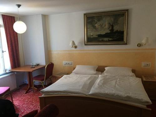 Quarto do hotel Garni Probst, em Nuremberg