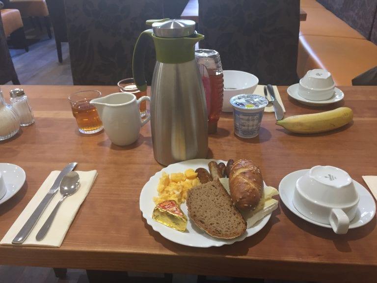 Café da manhã do hotel Garni Probst