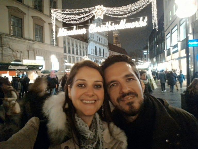 Nós no Christkindlmarkt de Munique