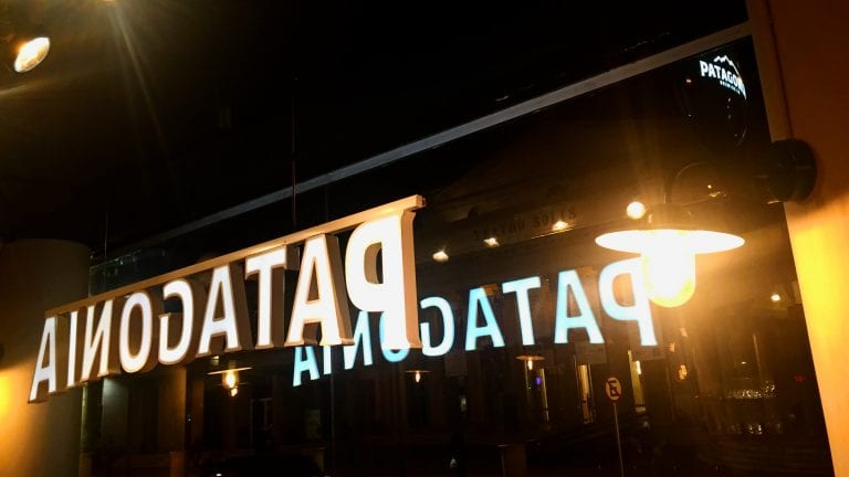 Patagonia Ciudad Vieja: em frente ao Teatro Solis