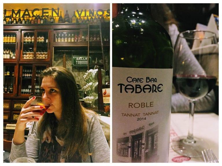 Bar Tabaré: bebidas 1- Drink Manhatannat 2- Vinho Bar Tabaré ROBLE Tannat/Tannat 2014