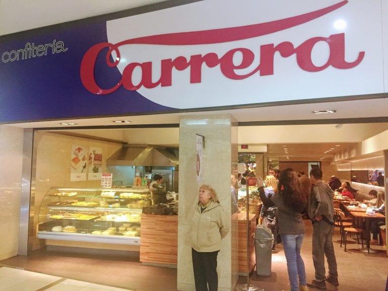 Confiteria Carrera: fachada da loja no Shopping Punta Carretas