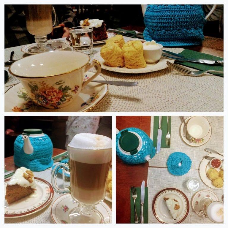 Philomène Café: cappuccino, chá, scones e fatia de bolo de cenoura