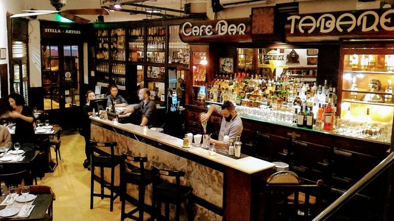 Bar Tabaré: ambiente histórico conservado
