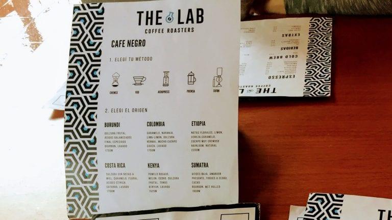 The Lab Coffee Roasters: escolha o método e a origem do grão para beber um café preto