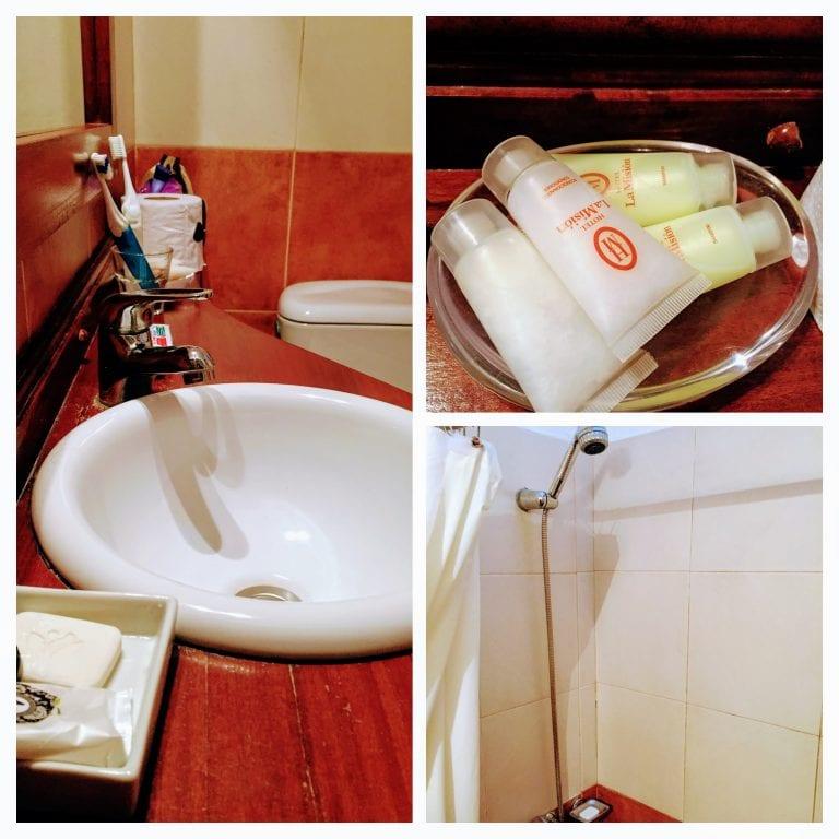La Misión Hotel: banheiro