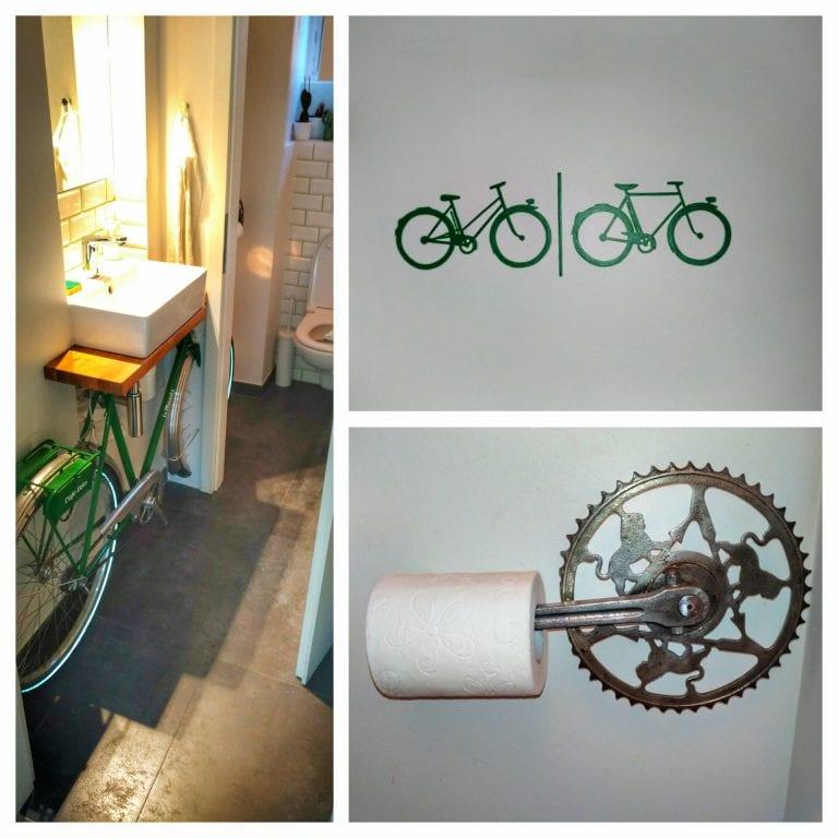 Bicicletas em Strasbourg: banheiro do Le Maquis Café-Vélo