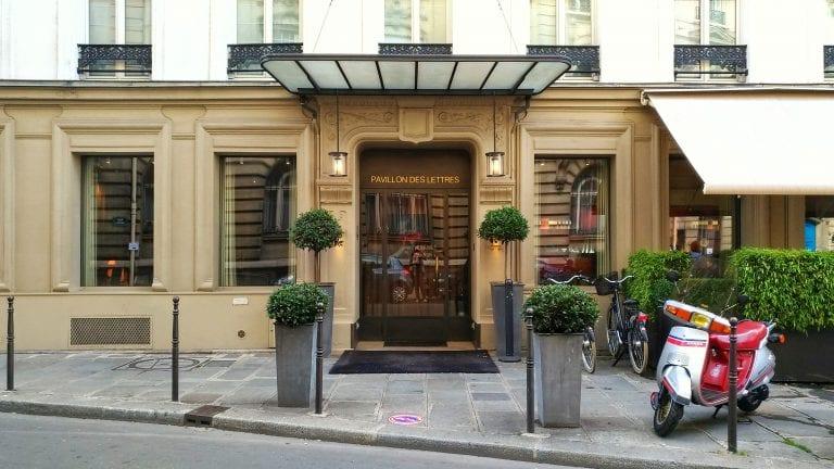 Hotel Le Pavillon des Lettres: fachada