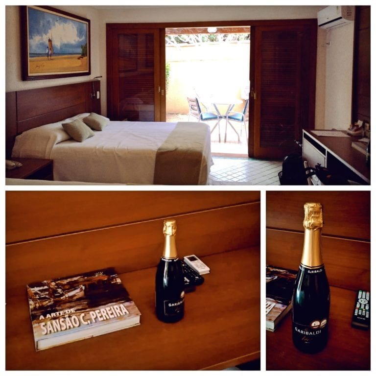 Hotel Ferradura Resort - surpresa uma espumante nos esperava no quarto