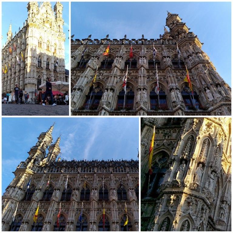 Detalhes da impressionante Town Hall, o prédio da prefeitura de Leuven
