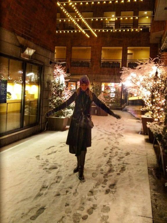 Inn at the Market: neve na madrugada no pátio que dá acesso ao hotel