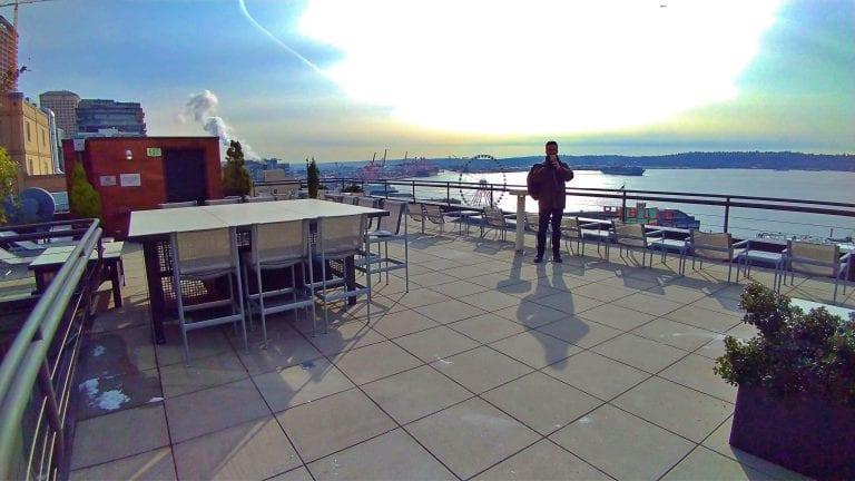 Inn at the Market: um deck com vista panorâmica