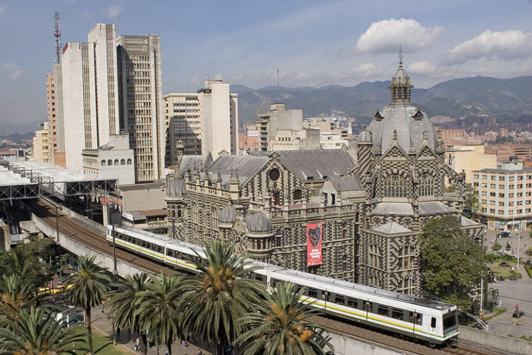 Guía de Viajes Oficial de Medellín [CC BY 2.0 (https://creativecommons.org/licenses/by/2.0)]