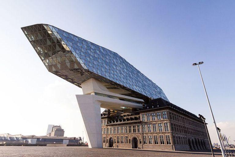 Port House: exemplo da arquitetura moderna na zona portuária da Antuérpia
