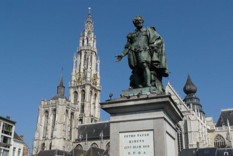 Estátua de Pieter Paul Rubens na Groenplaats
