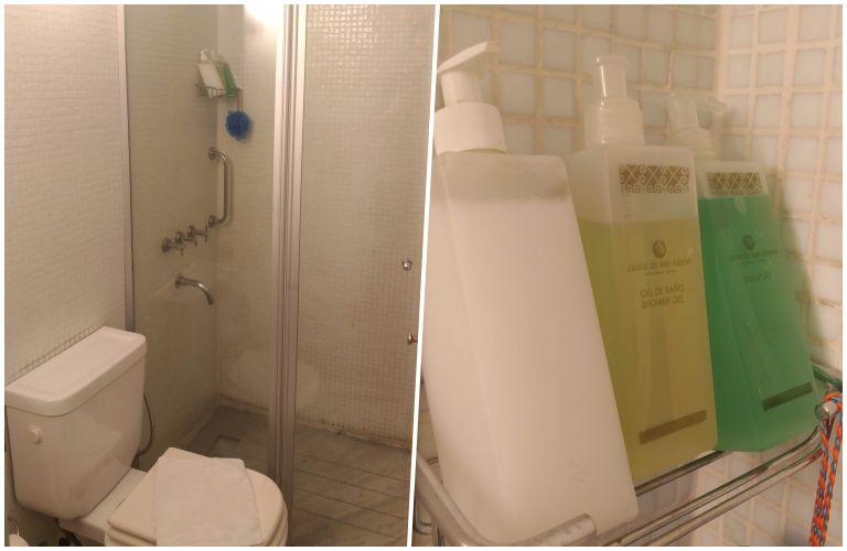 Banheiro do Hotel Patios de San Telmo