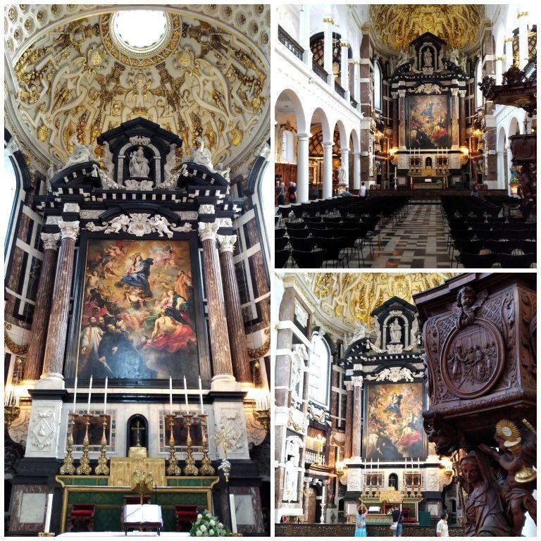 Interior da Sint-Carolus Borromeuskerk