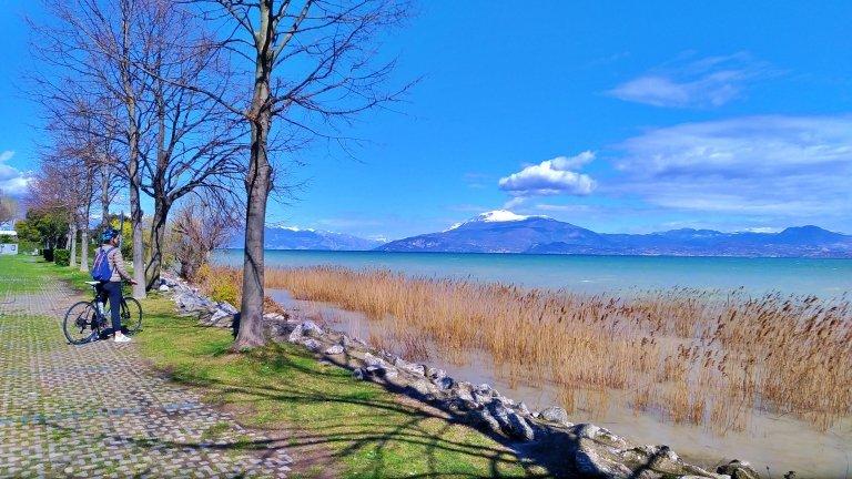 Vistas de tirar o fôlego ao longo do percurso pelo Lago di Garda