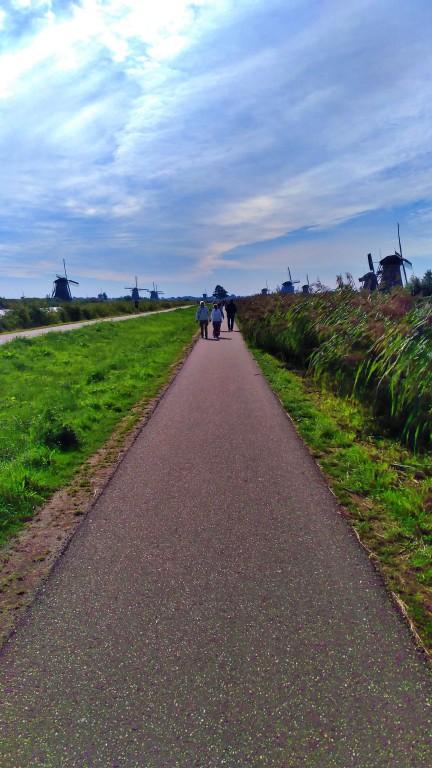 Kinderdijk: caminho para pedestres