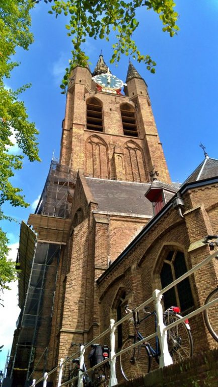 Oude Kerk - Torre inclinada