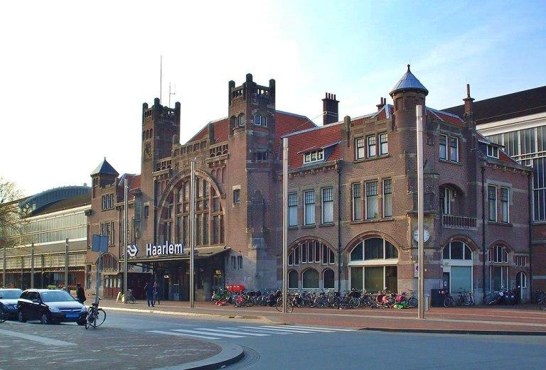 Haarlem Centraal | Estação de trem | Foto by ©Marcelmulder68