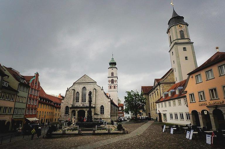 Marktplatz de Lindau: igreja evangélica e igreja católica | Foto: © Ștefan Jurcă