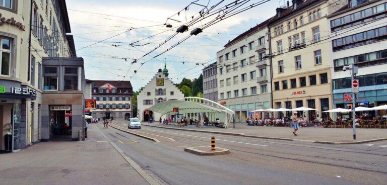 Marktplatz St. Gallen | Praça do Mercado