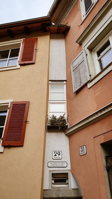 casa com a fachada mais estreita da Europa