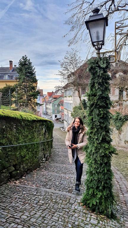 Chegando na Cidade Alta de Bregenz pela via Stadtsteig