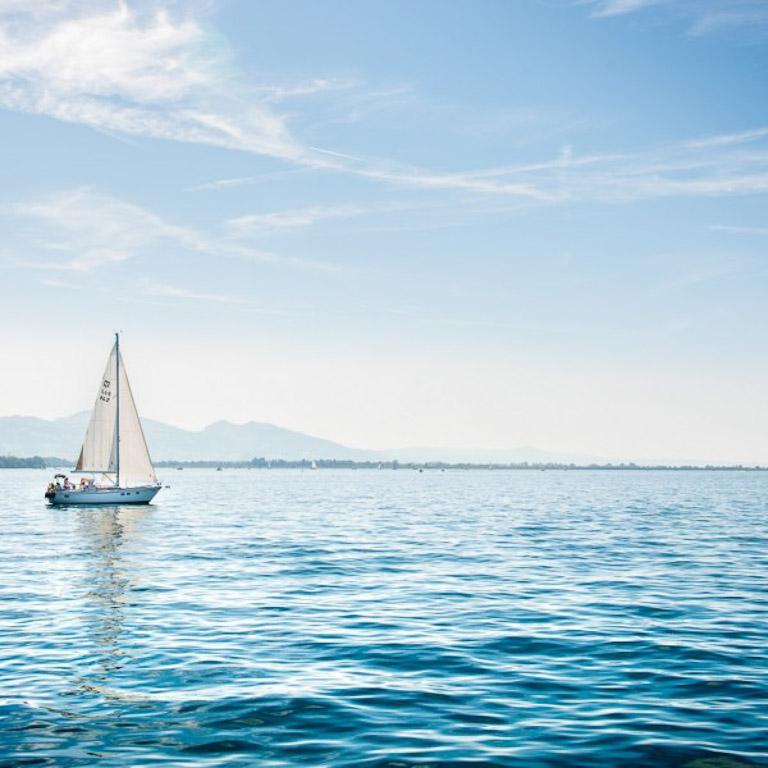 Barco a vela em Bregenz | Foto: Turismo de Bregenz