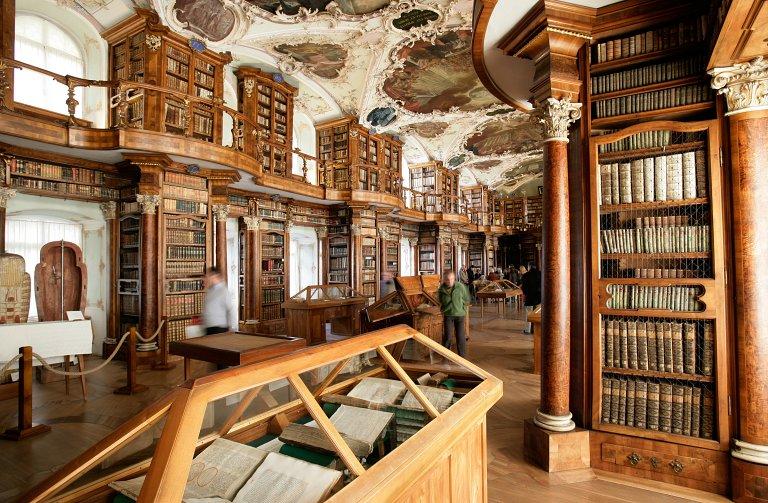 Salão de estilo rococó da Biblioteca da Abadia de St. Gallen | Fotos: © Stiftsbibliothek St.Gallen