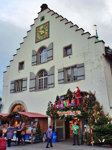 Waaghaus St. Gallen enfeitado durante o Mercado de Natal