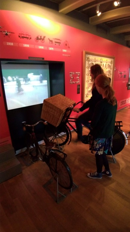 Detalhes da exposição do Amsterdam Museum