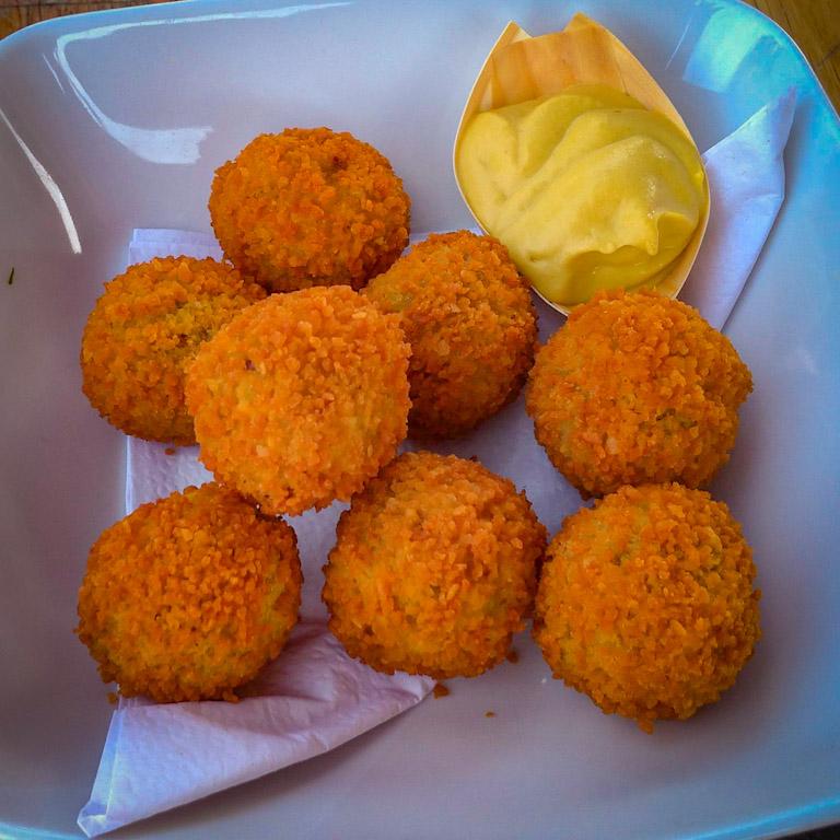 Comidas típicas da Holanda: croquete de camarão