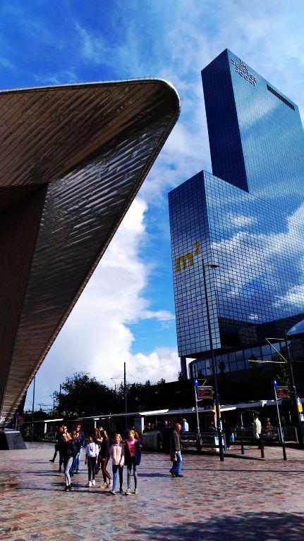 Rotterdam Centraal    Estação de Trem Central de Roterdã