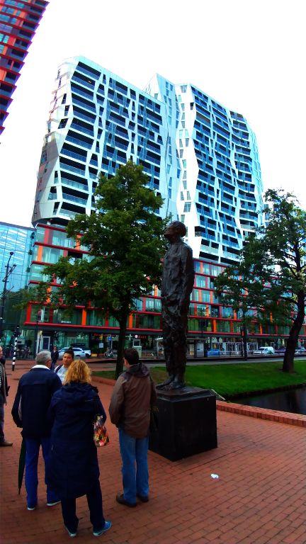 Monumento à Resistência de Rotterdam - Após a II Guerra Mundial