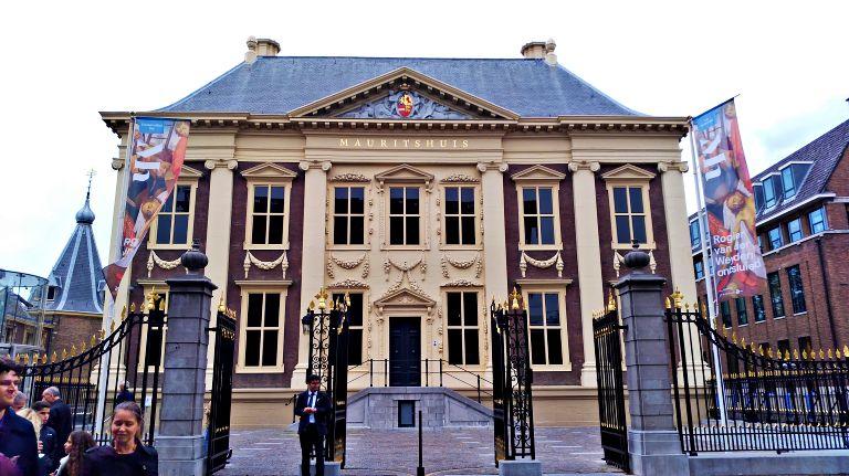 Museu Mauritshuis: onde encontra-se a obra Garota com o Brinco de Pérola do pintor holandês Vermeer