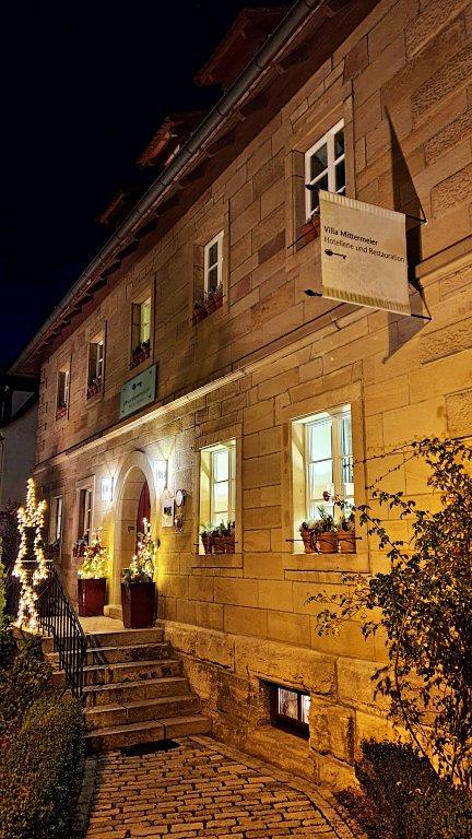 Fachada da Villa Mittermeier e do Mittermeier Restaurant