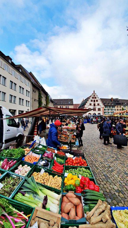 Münstermarkt | Mercado da Catedral de Freiburg | O que fazer em Freiburg