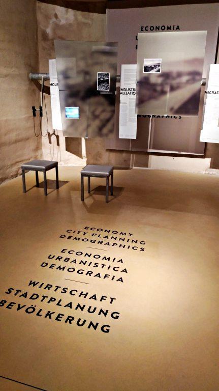 Exposição permanente do museu embaixo do Monumento alla Vittoria | O que fazer em Bolzano