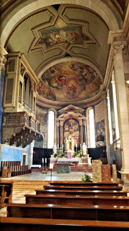Interior da Chiesa di Santa Maria Maggiore | O que fazer em Trento