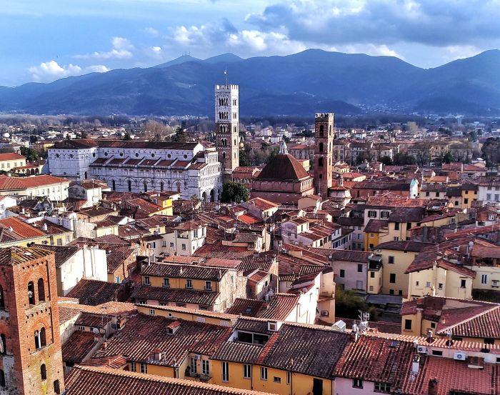 O que fazer em Lucca, na Toscana: roteiro de 1 dia com bate-volta até Pisa