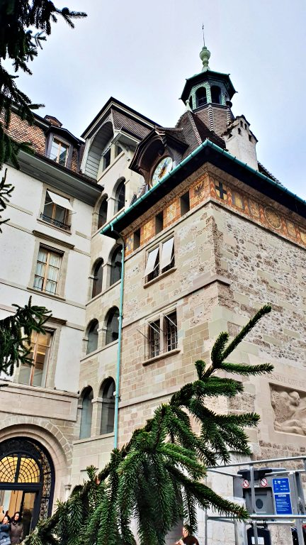 Tour du Molard | O que fazer em Genebra