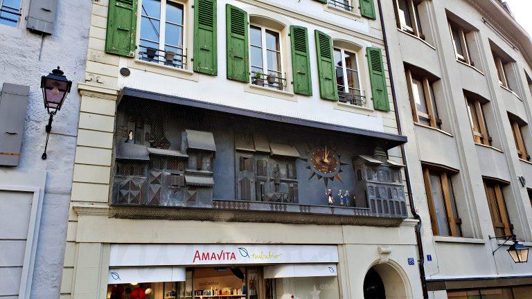 Chafariz mais antigo da cidade e o relógio de parede | O que fazer em Lausanne