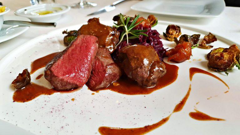 Prato principal no Casa Novo Restaurante & Vinoteca | Onde comer em Berna