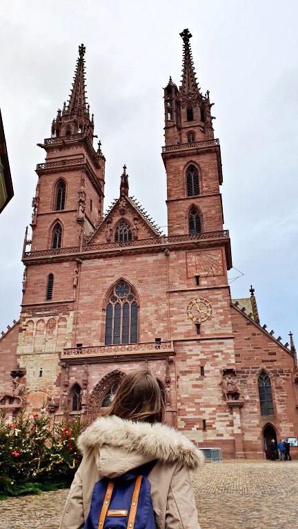 Munsterplatz e Basler Munster, a Catedral de Basel | O que fazer em Basel