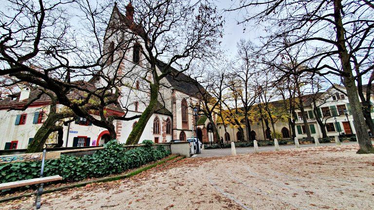 Leonhardskirche: Igreja de São Leonardo e mirante da cidade | O que fazer em Basel