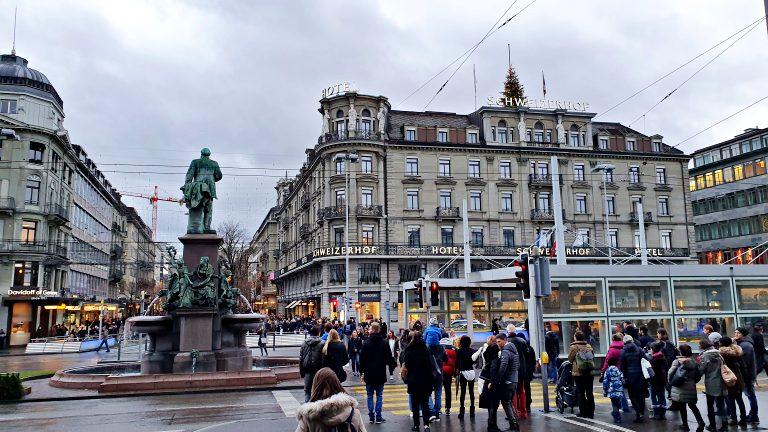 Zürich Hauptbahnhof e arredores | O que fazer em Zurique