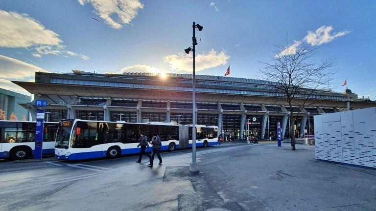 Hauptbahnhof - Estação de Trem de Lucerna